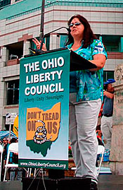Linda Walker speaks at Tea Party in Columbus, OH